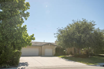 Los Alamos Single Family Home For Sale: 895 Vintage Way