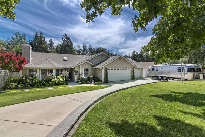 Solvang Single Family Home For Sale: 922 College Canyon Road