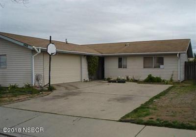 Santa Barbara County Single Family Home For Sale: 1908 Birch Street