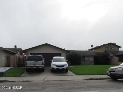 Lompoc Single Family Home For Sale: 1212 W Cherry Avenue