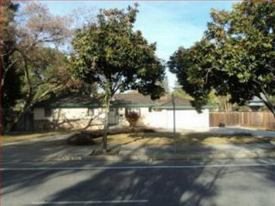 Los Gatos CA Single Family Home: $950,000