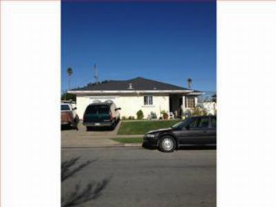 Single Family Home Sold Short Sale: 465 Chaparral St