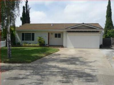 Single Family Home Sold: 791 Nuttal Oak Ct