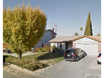 Single Family Home Sold: 3070 Rossmore Wy