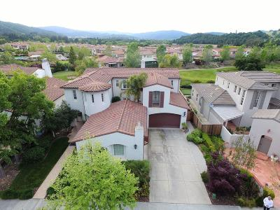 GILROY Single Family Home Contingent: 2610 Club Dr