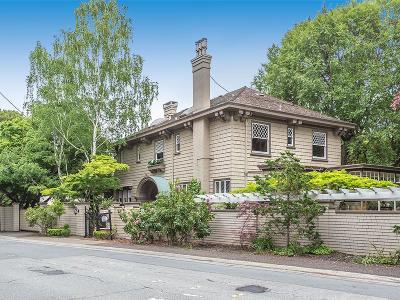 HILLSBOROUGH Single Family Home For Sale: 91 Crystal Springs Rd