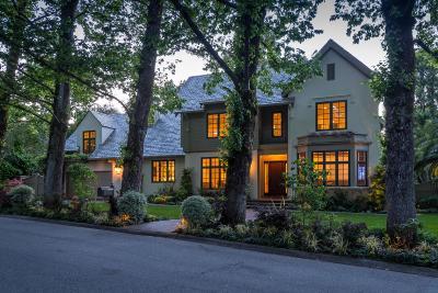 HILLSBOROUGH Single Family Home For Sale: 2080 Geri Ln