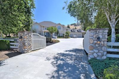 GILROY Single Family Home For Sale: 2490 Howell Ln