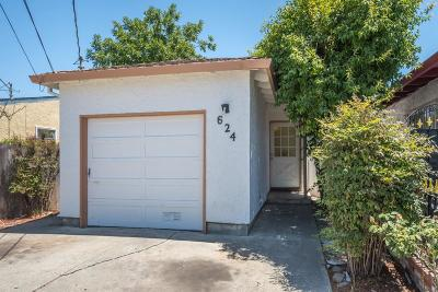 Redwood City Single Family Home For Sale: 624 Macarthur Ave
