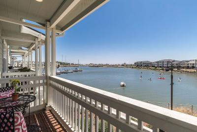 Redwood City Townhouse For Sale: 648 Bair Island Rd 1202
