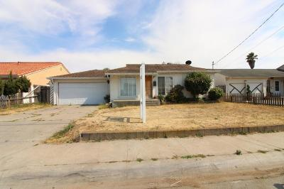 SALINAS Single Family Home For Sale: 336 Paloma Ave