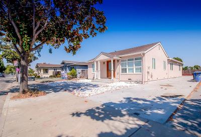 Newark Single Family Home For Sale: 5850 Thornton Ave