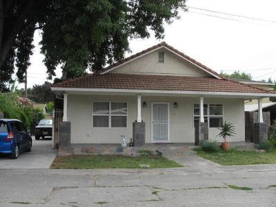 Single Family Home Contingent: 965 Katherine Ct