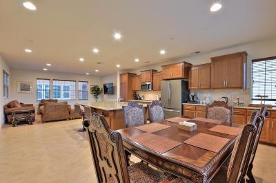 Newark Single Family Home For Sale: 38868 Thimbleberry Pl