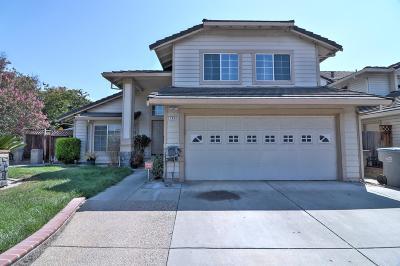 SAN JOSE Single Family Home For Sale: 3900 Maui Dr