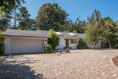 Carmel Single Family Home For Sale: 25646 Carmel Knolls Dr