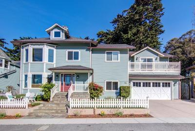 El Granada Single Family Home For Sale: 261 Francisco St
