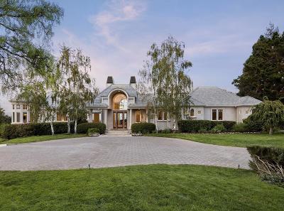 Los Altos Hills Single Family Home For Sale: 12894 La Cresta Dr