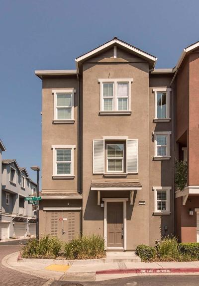 Mountain View Townhouse For Sale: 190 Darya Ct