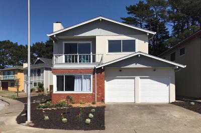 Pacifica Single Family Home For Sale: 207 Eastridge Cir