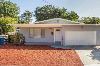 East Palo Alto Single Family Home For Sale: 2258 Oakwood Dr
