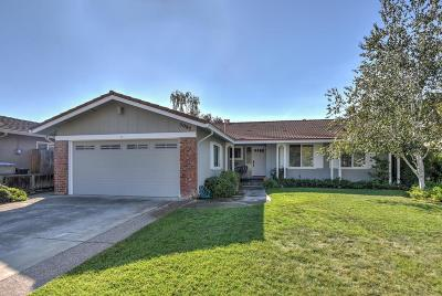 Single Family Home For Sale: 5087 El Roble Ct