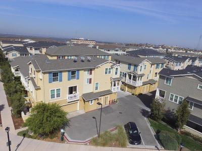 REDWOOD CITY Townhouse For Sale: 632 True Wind Way 618