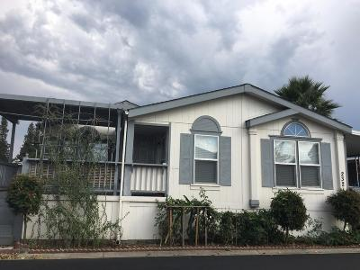 SAN JOSE Mobile Home For Sale: 2151 Oakland Rd 232