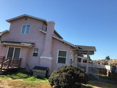 OAKLAND Single Family Home For Sale: 5483 Wadean Pl