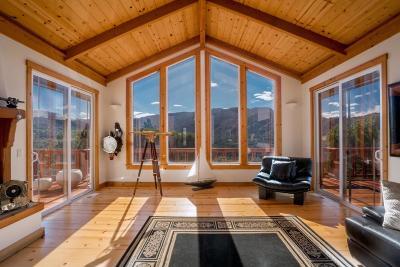 CARMEL VALLEY Single Family Home For Sale: 216 Vista Verde