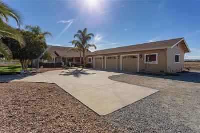 HOLLISTER CA Single Family Home For Sale: $949,000
