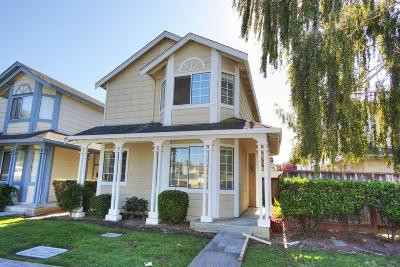 Newark Single Family Home For Sale: 39807 Potrero Dr