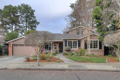 Sunnyvale Single Family Home For Sale: 827 Elmira Dr