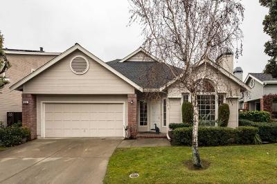 Redwood Shores Single Family Home For Sale: 810 Schooner Bay Dr