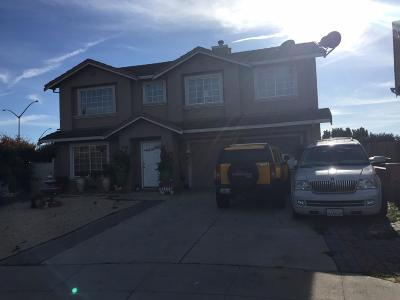 SALINAS Single Family Home For Sale: 1158 Raven Ct