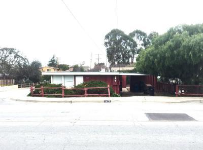 SEASIDE CA Single Family Home For Sale: $550,000
