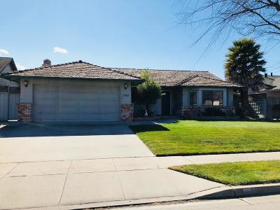 SALINAS Single Family Home For Sale: 1194 Loyola Dr