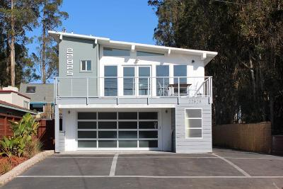 Santa Cruz Single Family Home For Sale: 22823 E Cliff Dr