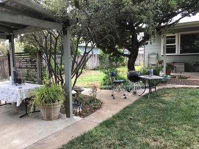 Watsonville Single Family Home For Sale: 2 Vallecitos Ln