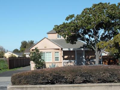 NEWARK Single Family Home For Sale: 6733 Thornton Ave