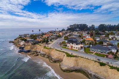 Santa Cruz Single Family Home For Sale: 23311 E Cliff Dr