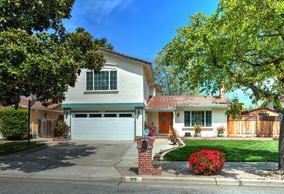 Gilroy Single Family Home For Sale: 615 Johnson Way