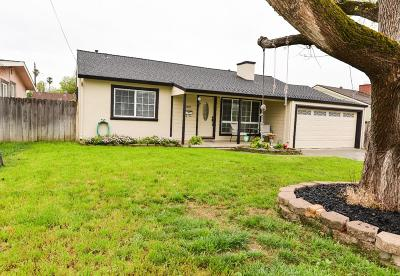 San Jose Single Family Home For Sale: 13602 Westboro Dr