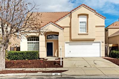 San Jose Single Family Home For Sale: 1681 Klipspringer Dr