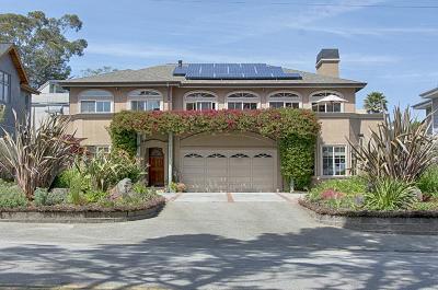Santa Cruz Single Family Home For Sale: 21921 E Cliff Dr