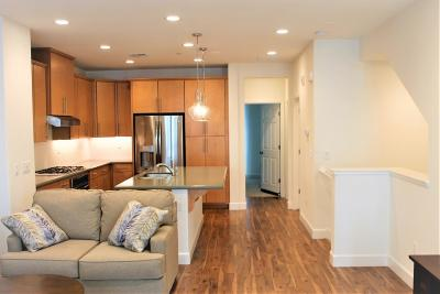 Mountain View, Sunnyvale Townhouse For Sale: 319 Charles Morris Ter