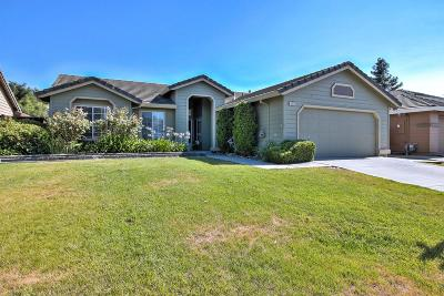 HOLLISTER Single Family Home For Sale: 621 Del Mar Dr