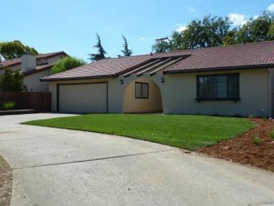 SAN JUAN BAUTISTA Single Family Home For Sale: 14 Via Padre