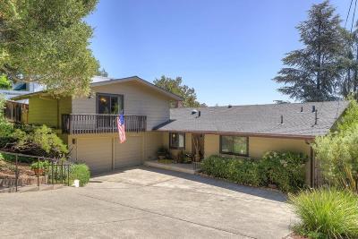 Portola Valley Single Family Home For Sale: 271 S Balsamina Way