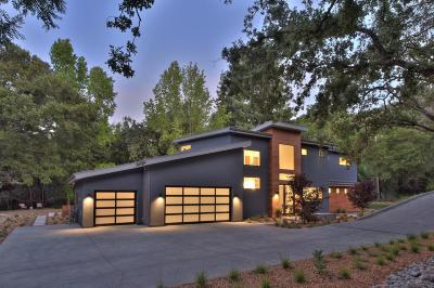 Los Altos Hills Single Family Home For Sale: 25616 Moody Rd